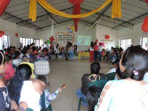 Celebración del día de la madre en la Parroquia de Cumaribo, por parte del Ejército.