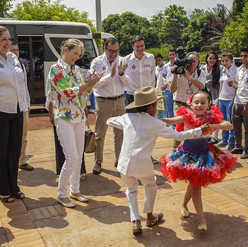 La Primera Dama de la Nación y el director general del SENA fueron recibidos con muestras artísticas en Puerto Carreño.