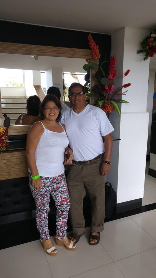 Aníbal Cepeda y Gladys Martínez, su esposa.