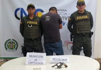 Capturan un hombre por el delito de porte ilegal de arma de fuego, en La Primavera