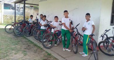 Programa 'al colegio en bici' llegó a Inírida