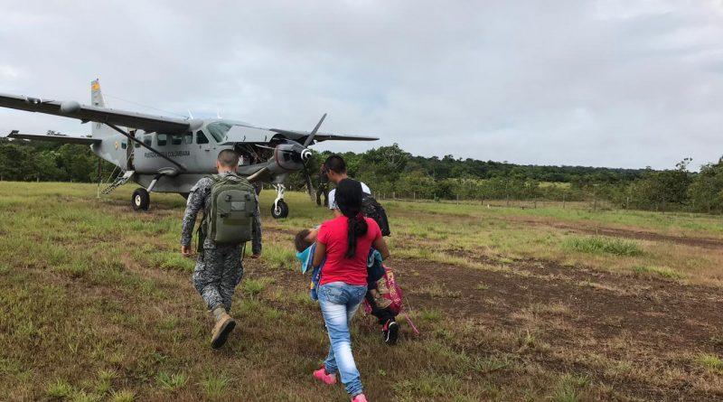 Fuerza Aérea traslada a paciente indígena en Güerima, Vichada